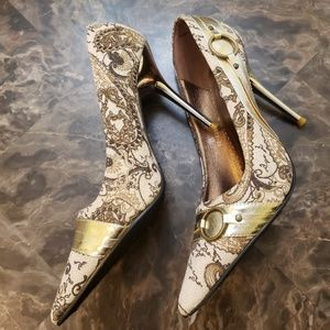 Carrini Chrome and Gold Hoop Accent Point Heels 8
